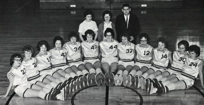 girls basketball team 1963